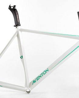 0019628_aventon-diamond-frameset-white-1